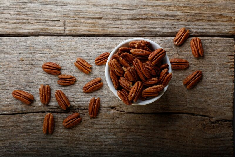 Raw Pecan Halves - 15 oz.